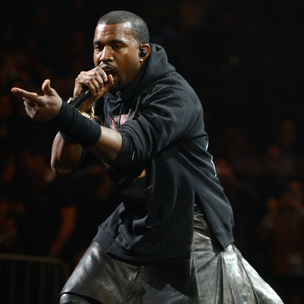 2659519 kanye west 121212 617 409 [Video] Kanye West Live at Hurricance Sandy Benefit Concert